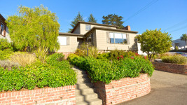 4757 Lincoln Ave, Oakland, CA 94602